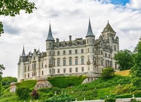 1_Dunrobin-Castle