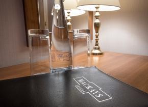 Mackays-Hotel-Room-Desk