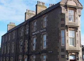 Mackays-Hotel-Shortest-Street-1